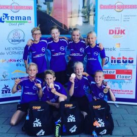 NK medailles voor Emmelien, Storm, Esmée en Diede