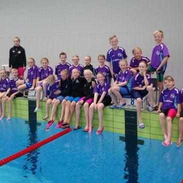 ZvZwartsluis zwemt regiorecord op vier keer vijftig meter wisselslag