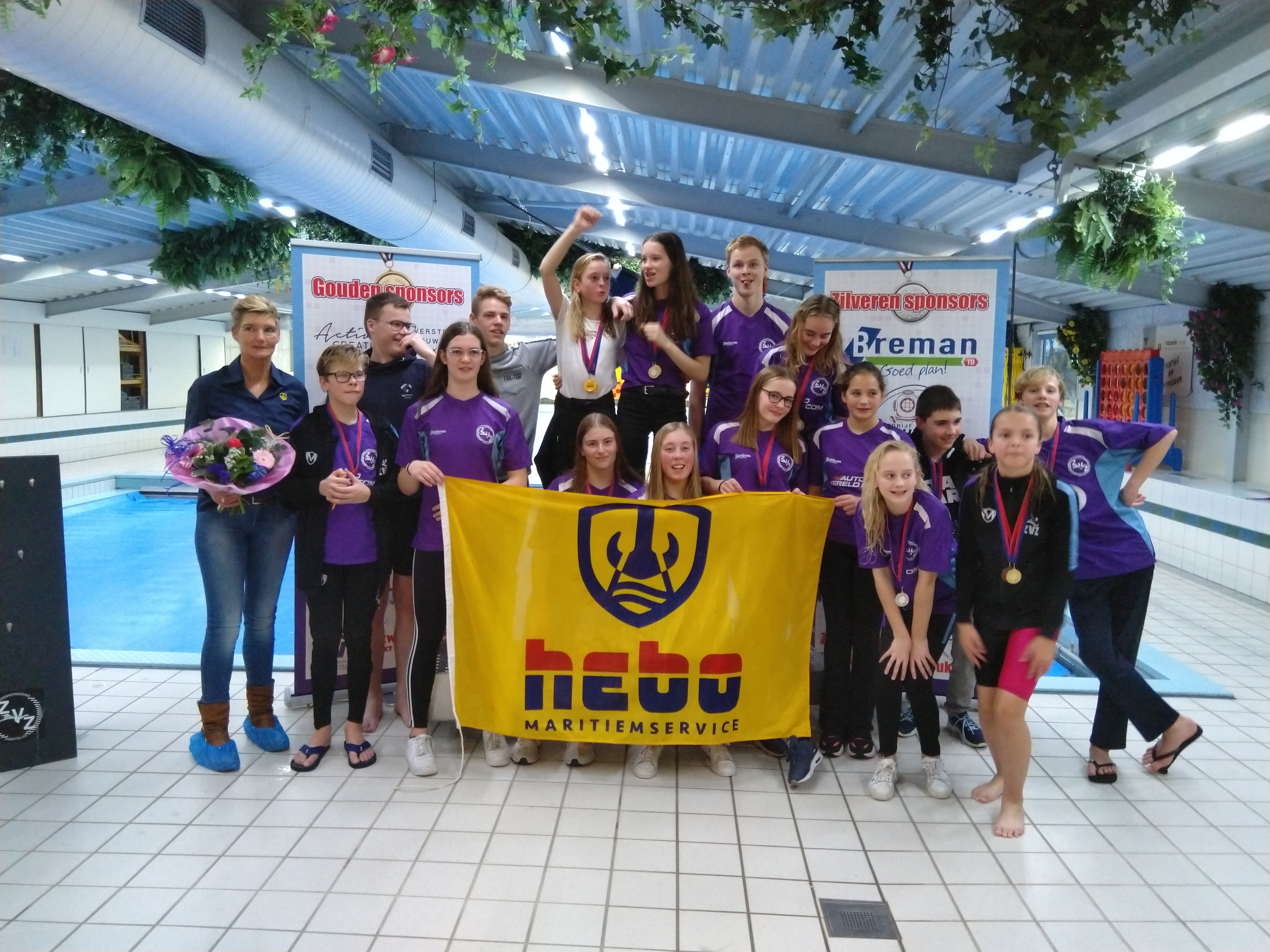 ZvZwartsluis zwemt veel medailles bij elkaar in druk weekend